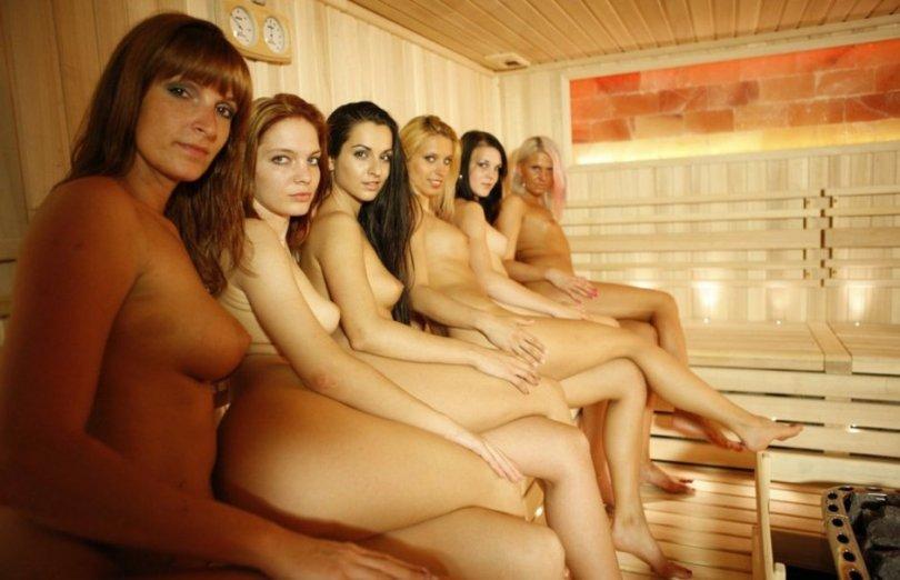 Обнаженные русские девушки в Бане