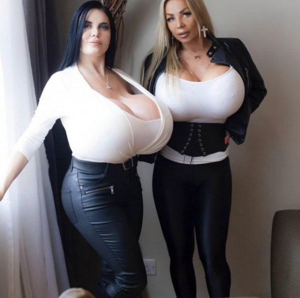 Девушки с огромной, упругой грудью — Бимбо