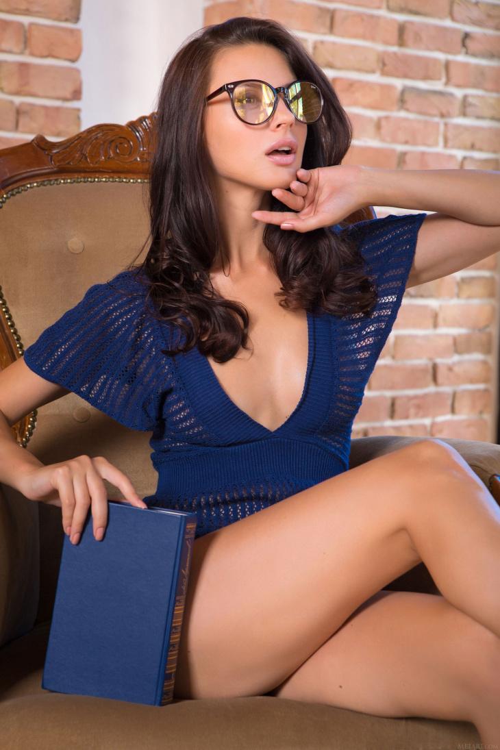 Горячие НЮ фото украинской модели Жасмин