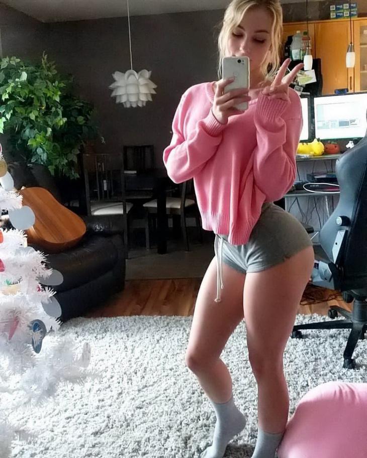 Горячие девушки из социальных сетей #5