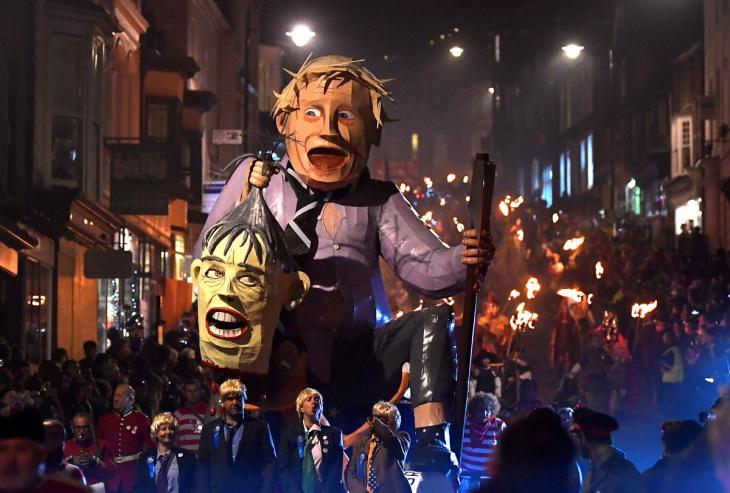 Ночь костров в Великобритании