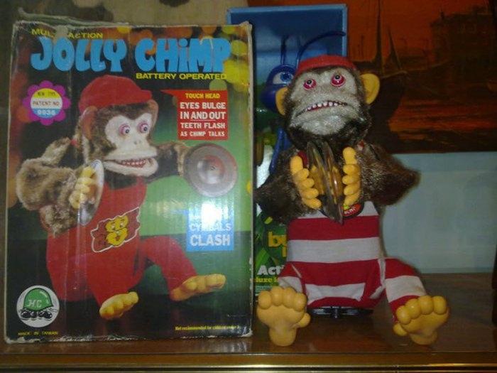 Очень странные детские игрушки