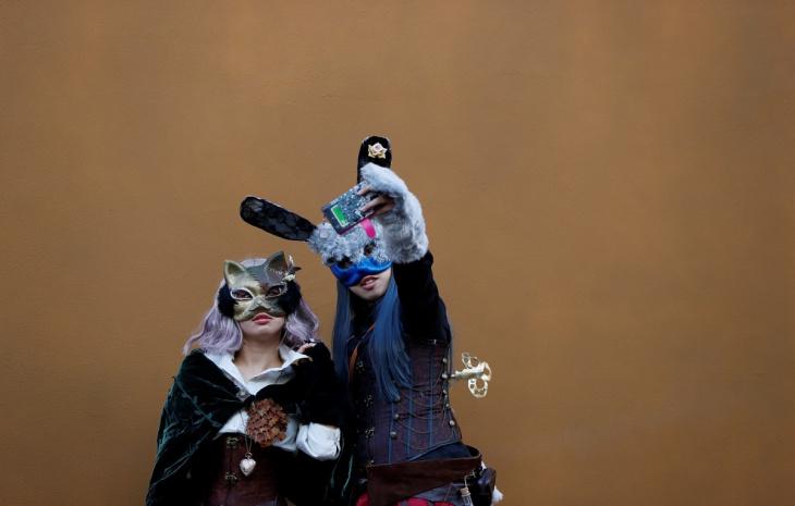 Парады по всему миру на Хэллоуин