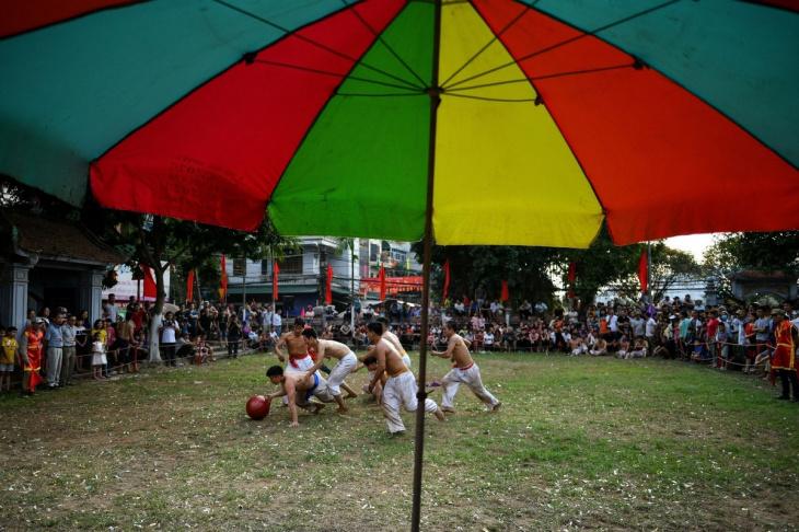 Регби с деревянным мячом во Вьетнаме