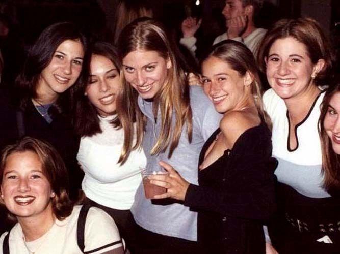 Фото засветы девушек и женщин