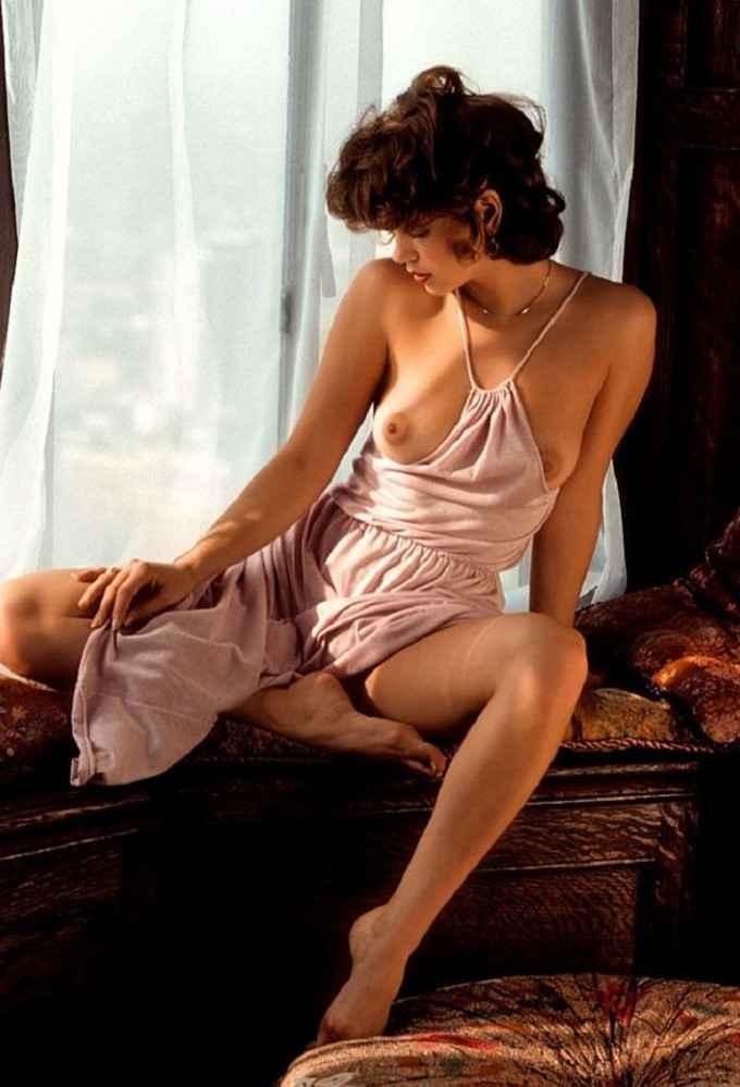 Красивая эротика в стиле Ретро