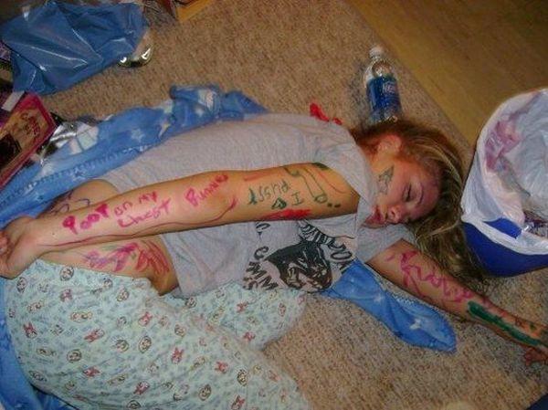 Юмор и приколы про пьяных девушек