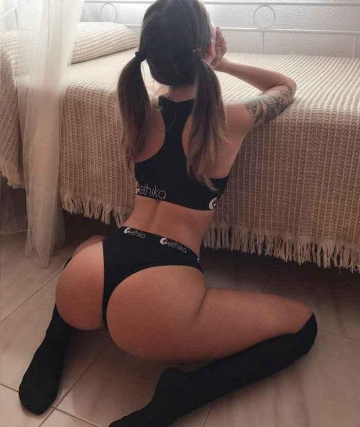 Фото сексуальных девушек в чулках