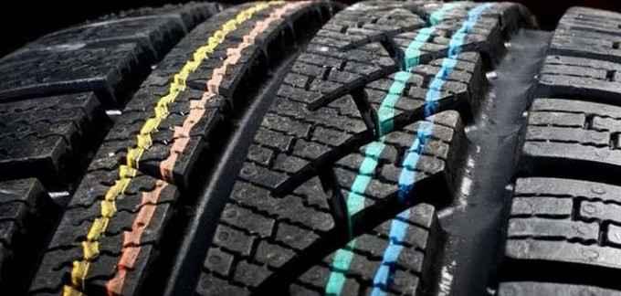 Что означают цветные метки на шинах автомобилей?
