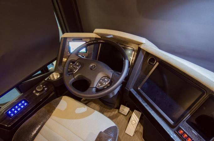 Дом на колёсах разработанный Porsche