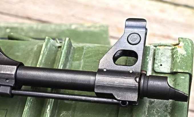 Зачем у автомата Калашникова спиливают кончик ствола