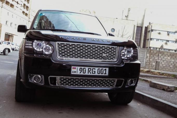 ГИБДД изымают у российских водителей автомобили с армянскими номерами