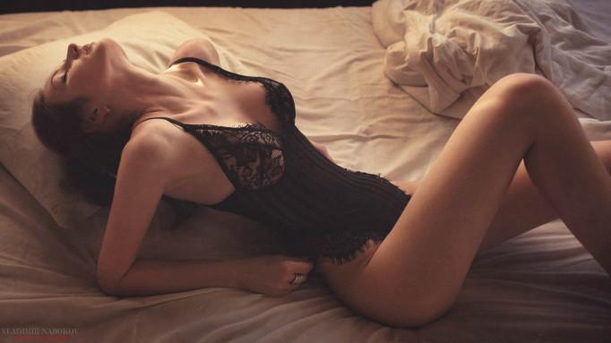 Привлекательные девушки в нижнем белье