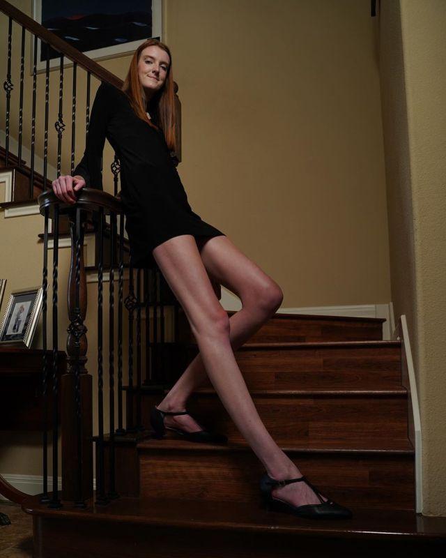 Маки Каррин — 17-летняя девушка с самыми длинными в мире ногами