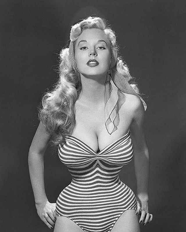 Бетти Бросмер - обладательница самой шикарной фигуры 50-х годов