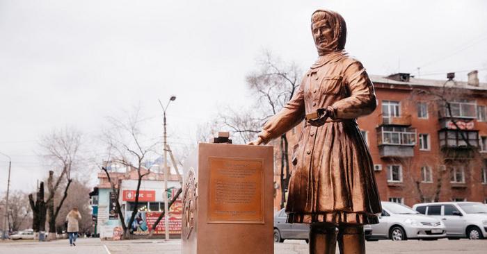 Когда не дождался вдохновения или самые странные памятники России