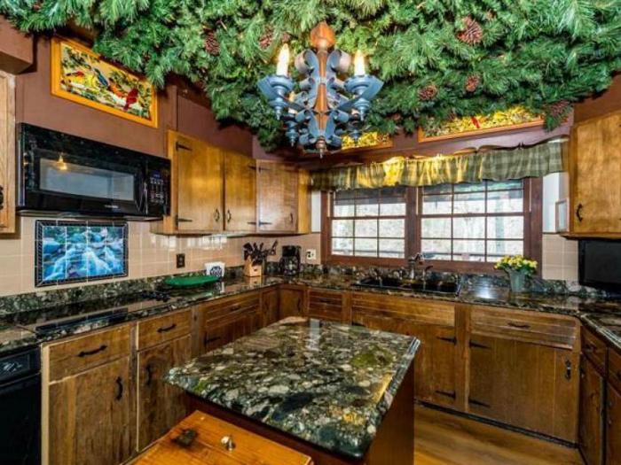 10 самых эпатажных дизайнов кухни