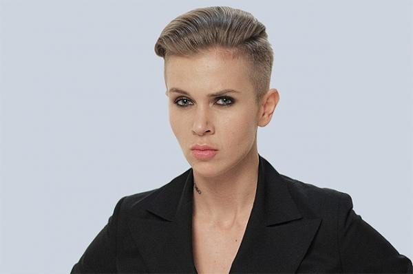Звезду шоу «Пацанки» и «Ревизорро» Ксению Милас подозревают в нападении с ножом на знакомую