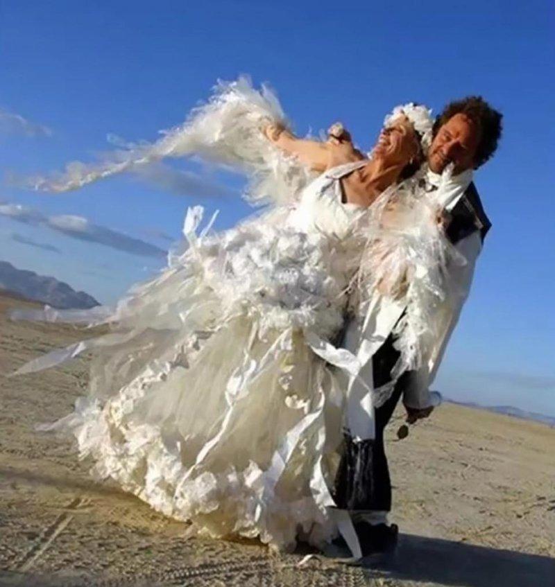 Подборка самых нелепых свадебных платьев