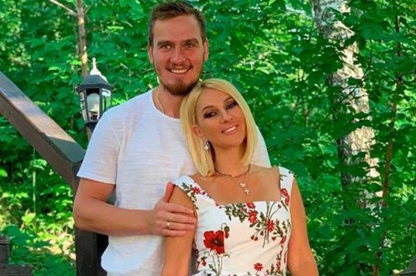 Лера Кудрявцева призналась, что смогла бы простить измену мужу: «Главное, чтобы я не знала»