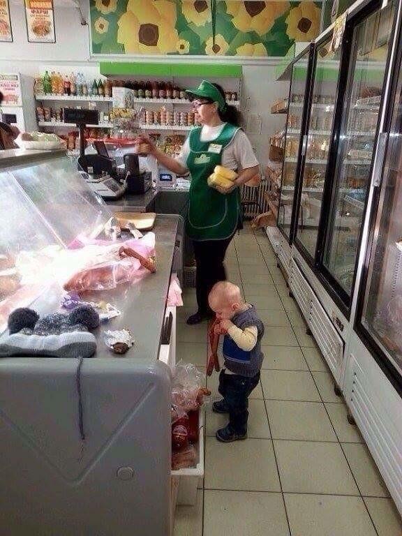 Смешная подборка детей, которые, кажется, не ели пол жизни