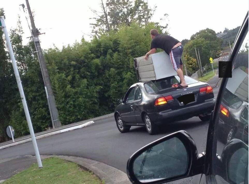 Подборка нелепых ситуаций на дороге