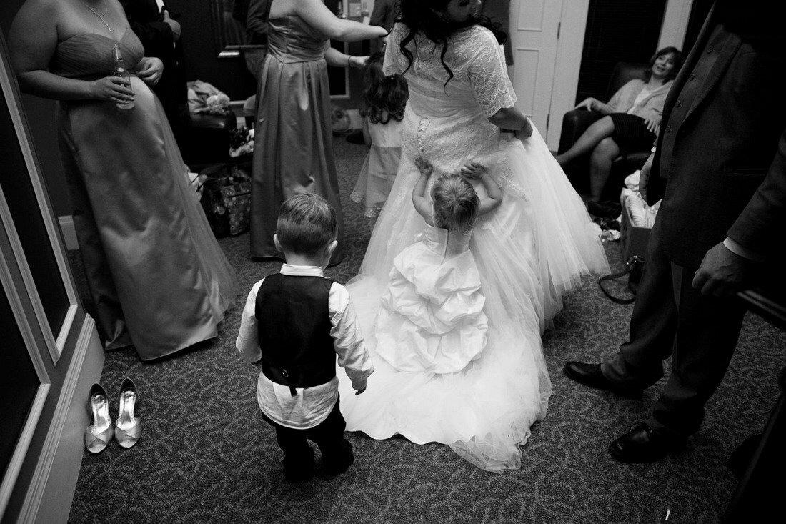 Подборка смешных ситуаций с детьми на свадебной церемонии