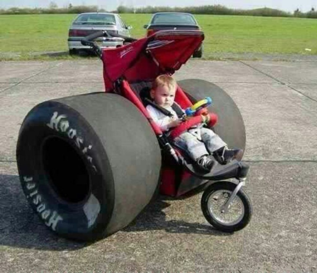 Фото подборка самых нелепых и смешных детских колясок
