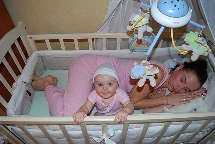 Материнские будни