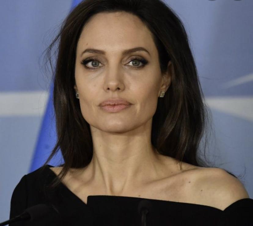 Всеми любимая Анжелина Джоли