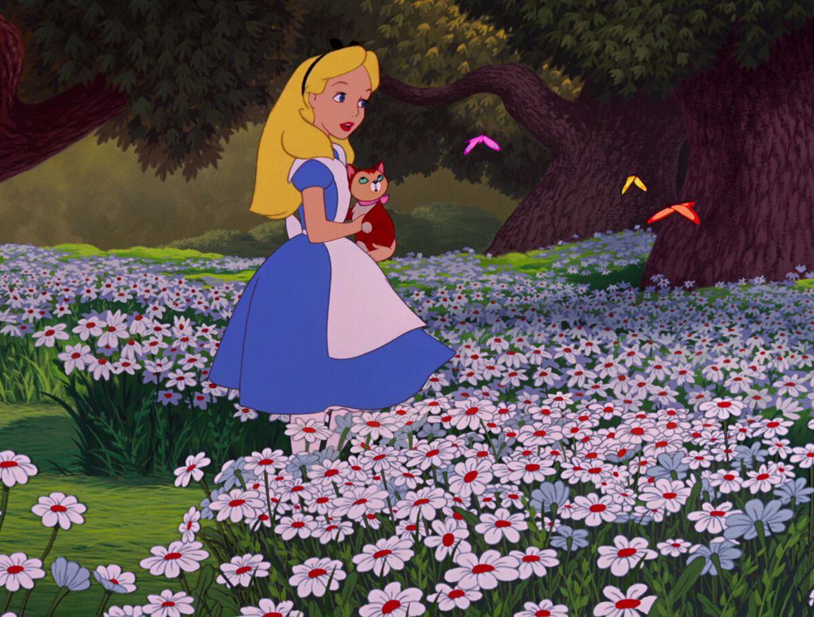 10 цитат из «Алисы в стране чудес», смысл которых открывается только взрослым