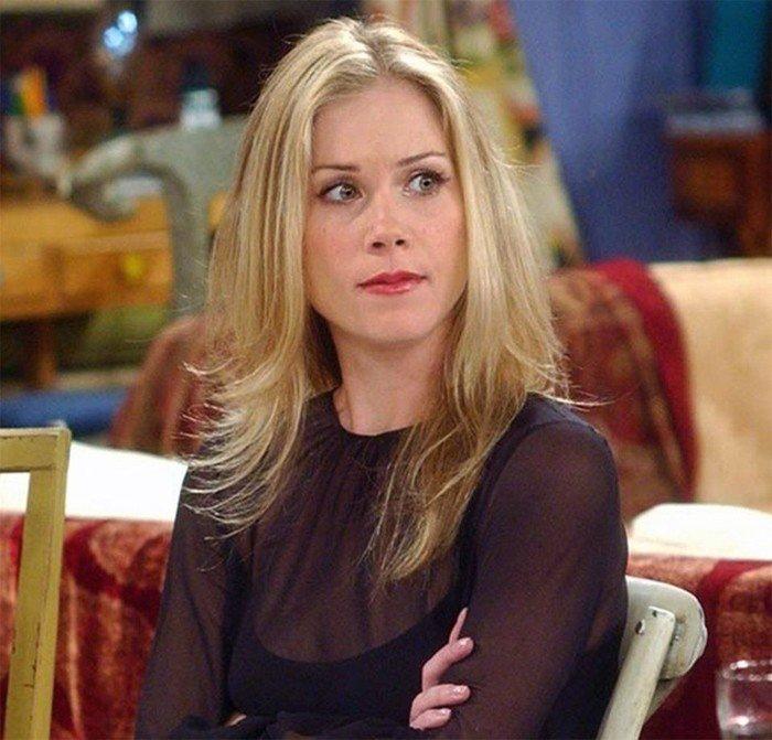 У актрисы из сериала «Друзья» Кристины Эппелгейт обнаружили рассеянный склероз