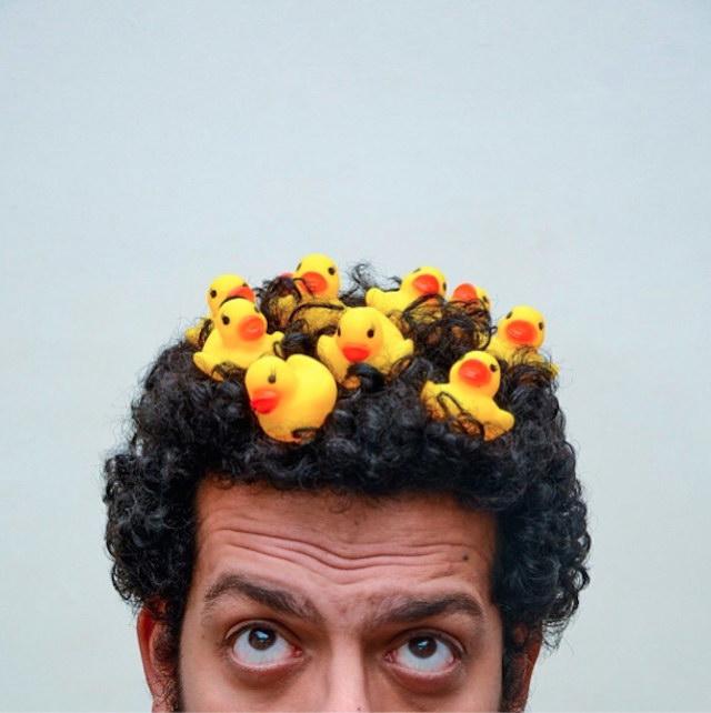 Автопортреты парня из Египта