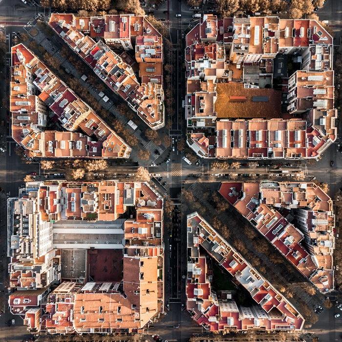 Перпендикулярные улицы, параллельные дома