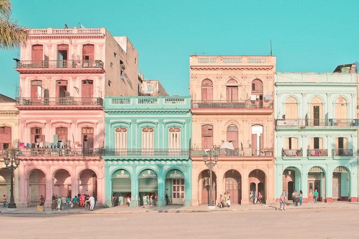 Стильный розовый город