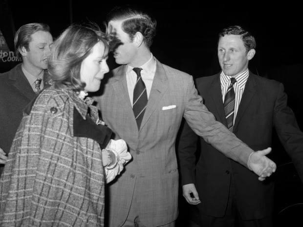 Почему принцесса Анна не смогла выйти замуж за Эндрю Паркер-Боулза