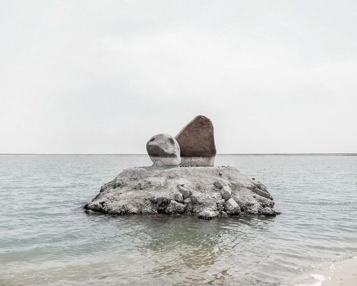 В течение года фотограф бродил по Китаю, создавая эти фотографии