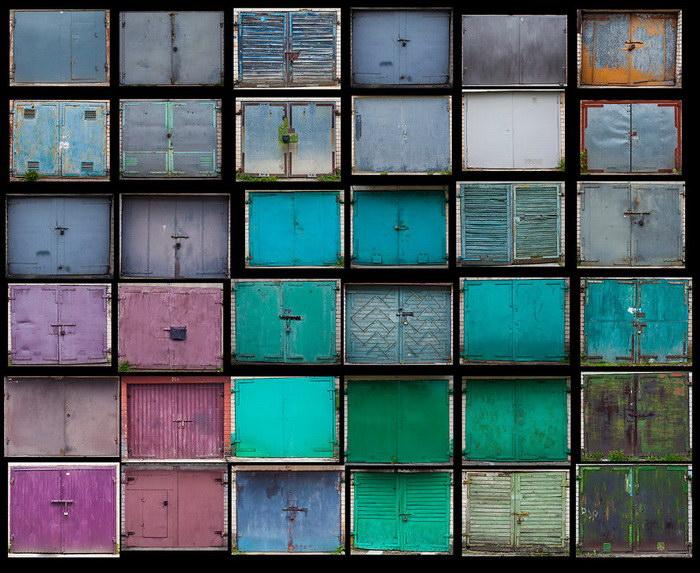 Литовские двери гаражей в фотографиях