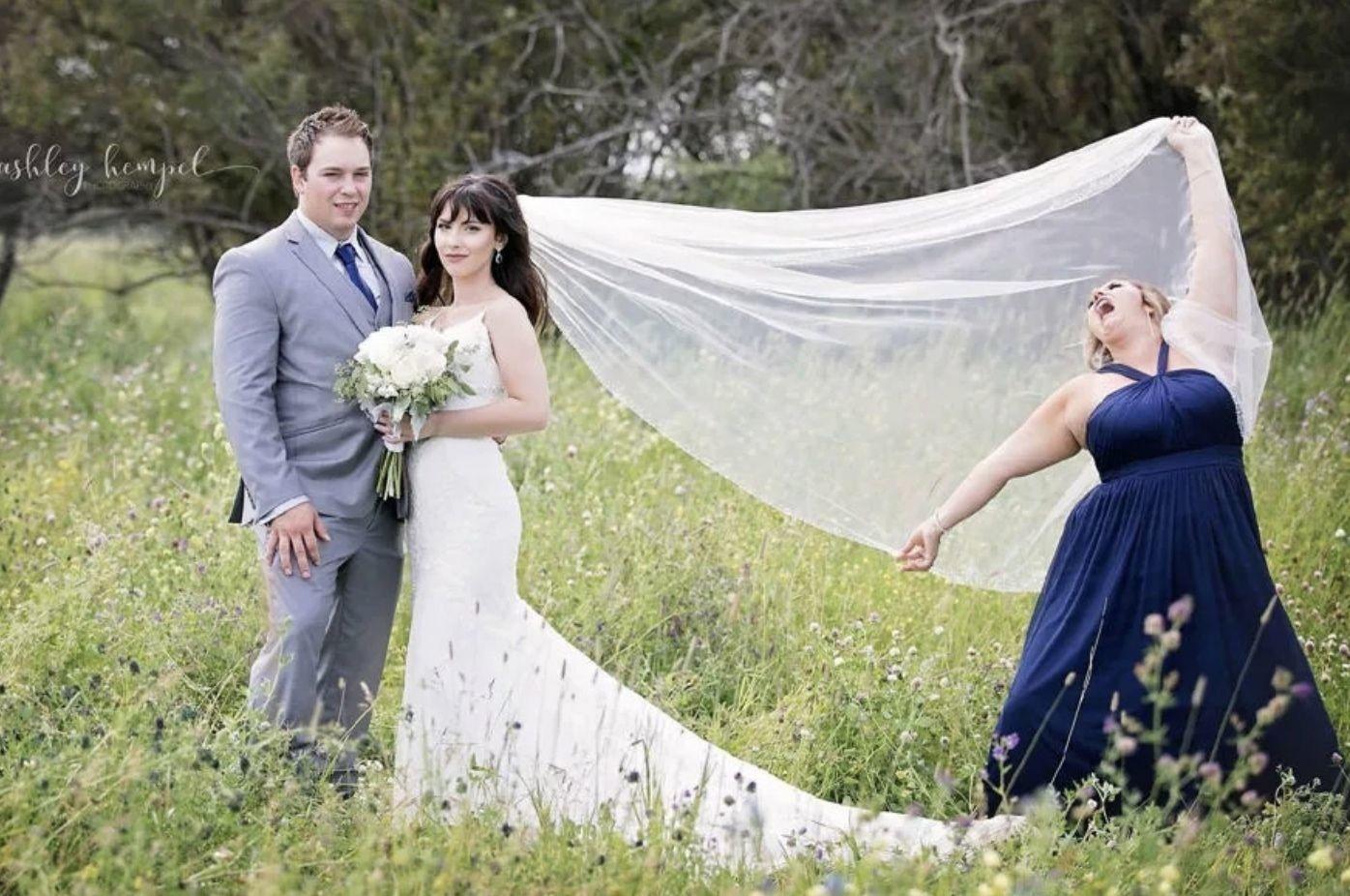 На каждую свадьбу — по такому свидетелю